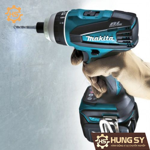 may-van-vit-4-che-do-makita-DTP141Z-1